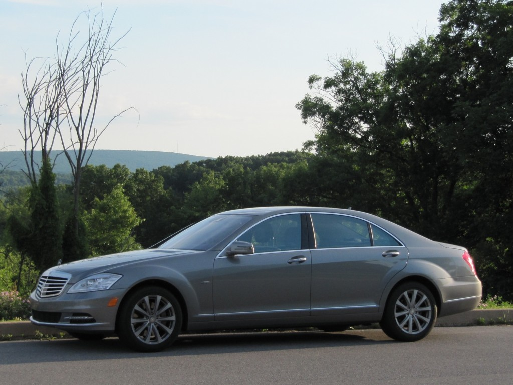 2012 mercedes benz s 350 bluetec one week in 32 mpg for Mercedes benz mileage