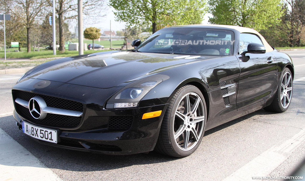 Spy shots 2012 mercedes benz sls amg roadster for 2012 mercedes benz sls amg