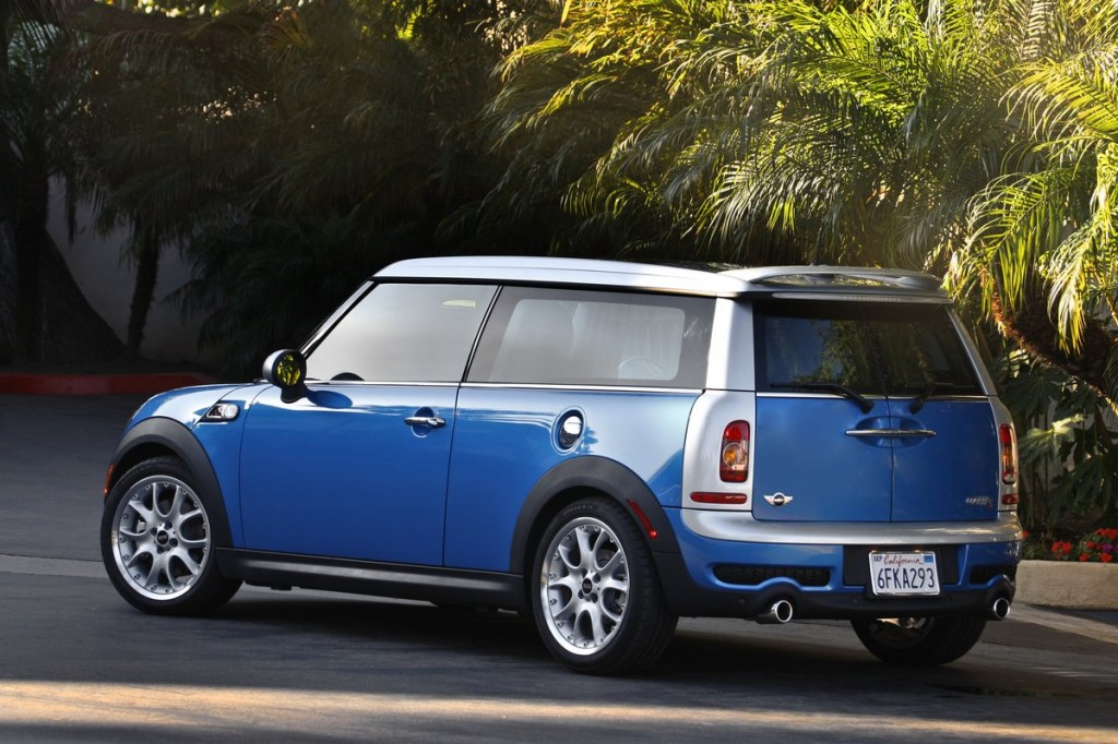2012 mini cooper clubman pictures photos gallery the car connection. Black Bedroom Furniture Sets. Home Design Ideas