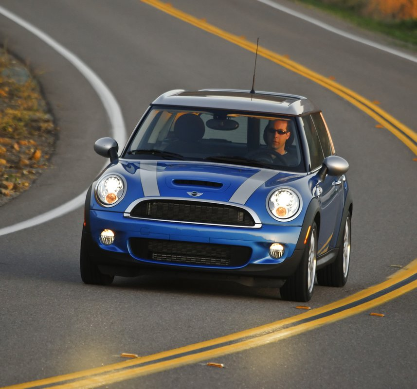 2012 MINI Cooper Clubman Pictures/Photos Gallery