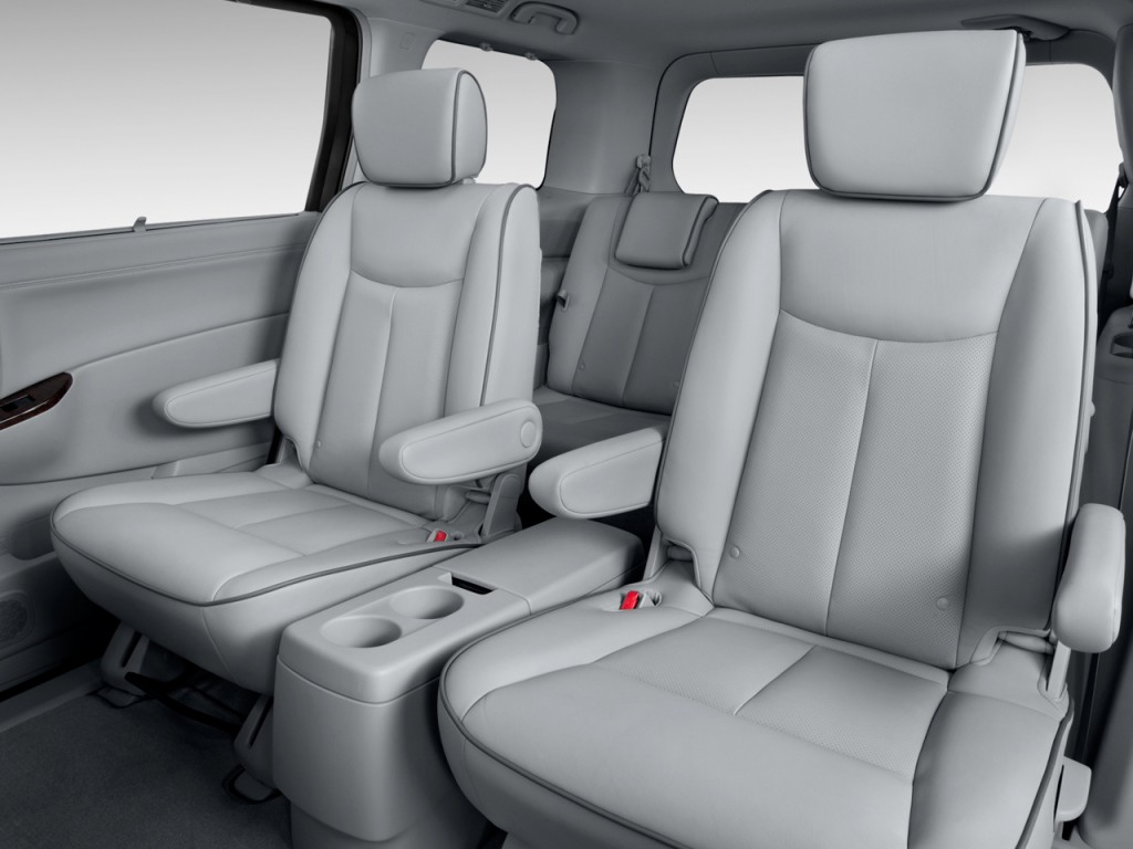 2012 nissan quest pictures photos gallery the car connection. Black Bedroom Furniture Sets. Home Design Ideas