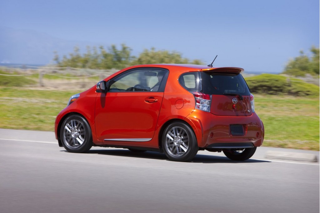 2012 scion iq pictures photos gallery green car reports. Black Bedroom Furniture Sets. Home Design Ideas