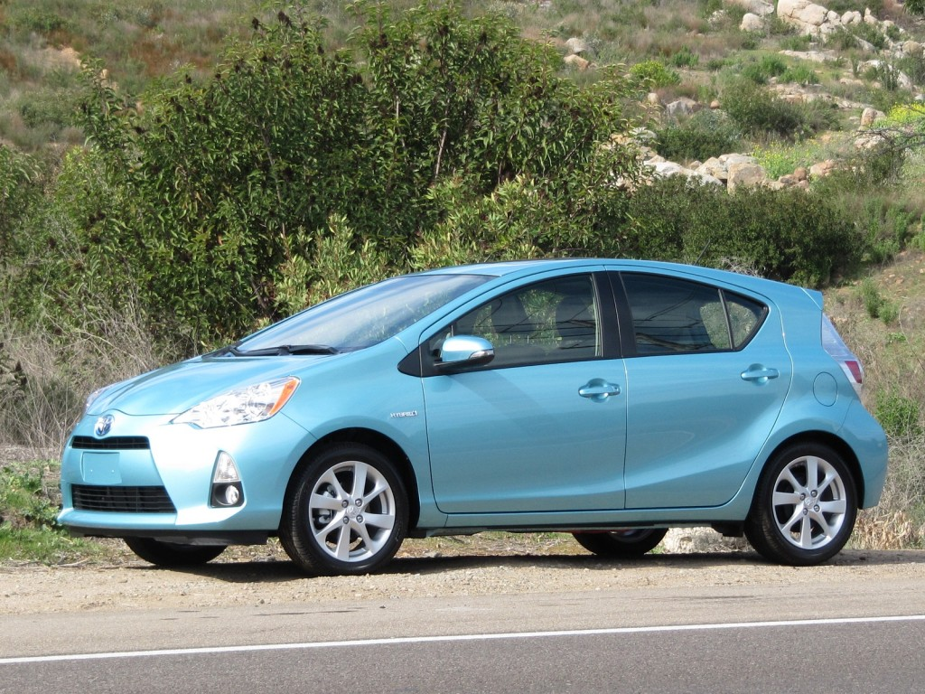2012 toyota prius c first drive report and full details. Black Bedroom Furniture Sets. Home Design Ideas