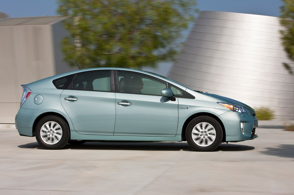 why i bought a prius plug in not a volt or leaf a reader 39 s choice. Black Bedroom Furniture Sets. Home Design Ideas