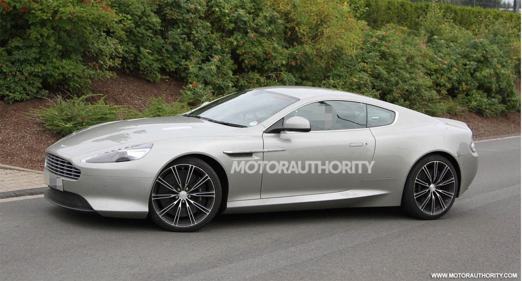 "Aston Martin reveals James Bond's DBS DB9 for ""CASINO"
