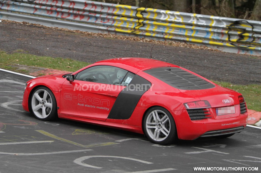2013 audi r8 e tron spy video. Black Bedroom Furniture Sets. Home Design Ideas