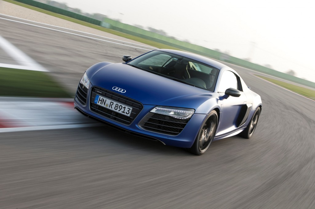 2014 audi r8 pricing edges up dual clutch gearbox on offer