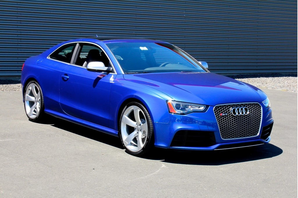 2013 audi rs5 first drive. Black Bedroom Furniture Sets. Home Design Ideas