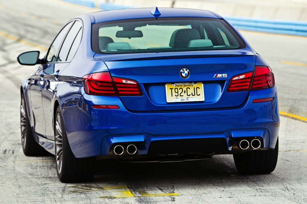 2013 bmw m5 pictures photos gallery motorauthority. Black Bedroom Furniture Sets. Home Design Ideas