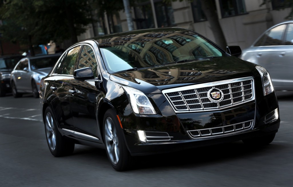 cadillac 39 s xts sedan looks to bring luxury to livery. Black Bedroom Furniture Sets. Home Design Ideas