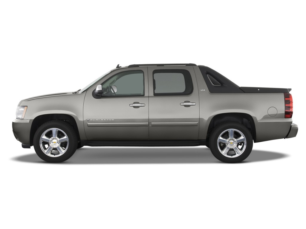 2013 chevrolet avalanche chevy pictures photos gallery green car. Cars Review. Best American Auto & Cars Review
