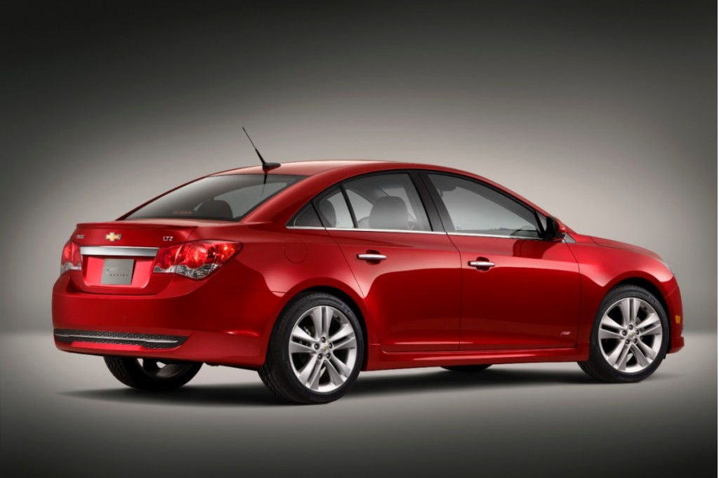 2013 Chevrolet Cruze Chevy Pictures Photos Gallery The