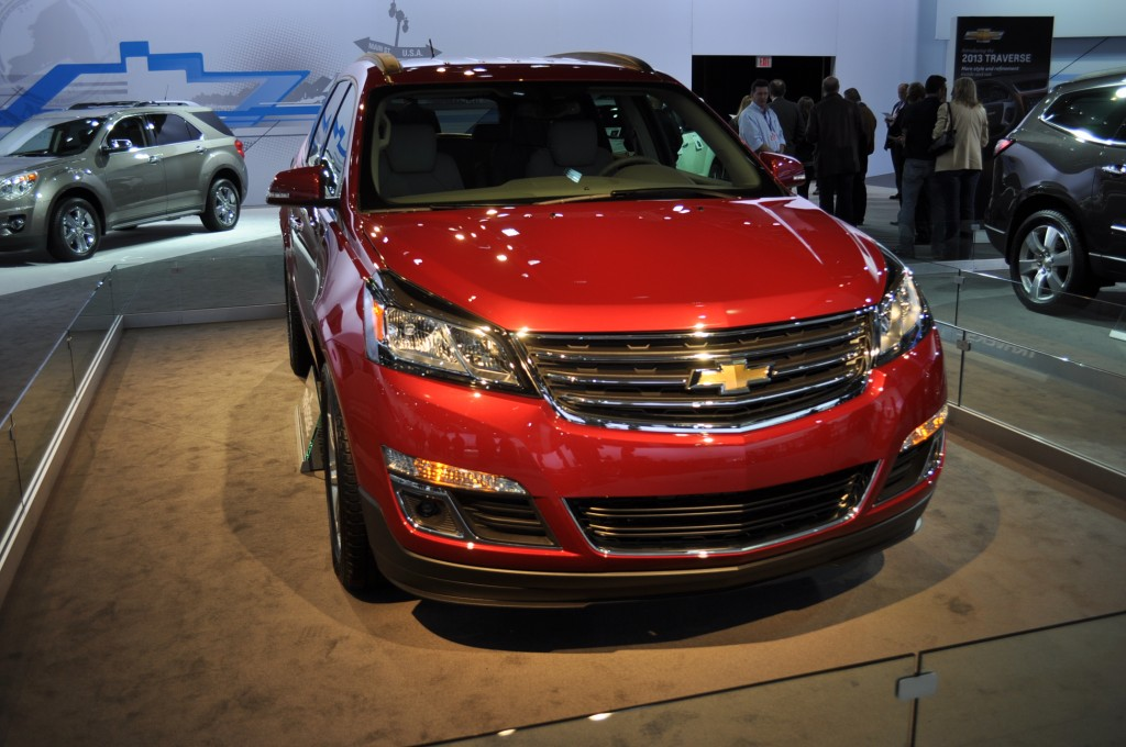 2013 chevrolet traverse chevy pictures photos gallery motorauthority. Black Bedroom Furniture Sets. Home Design Ideas