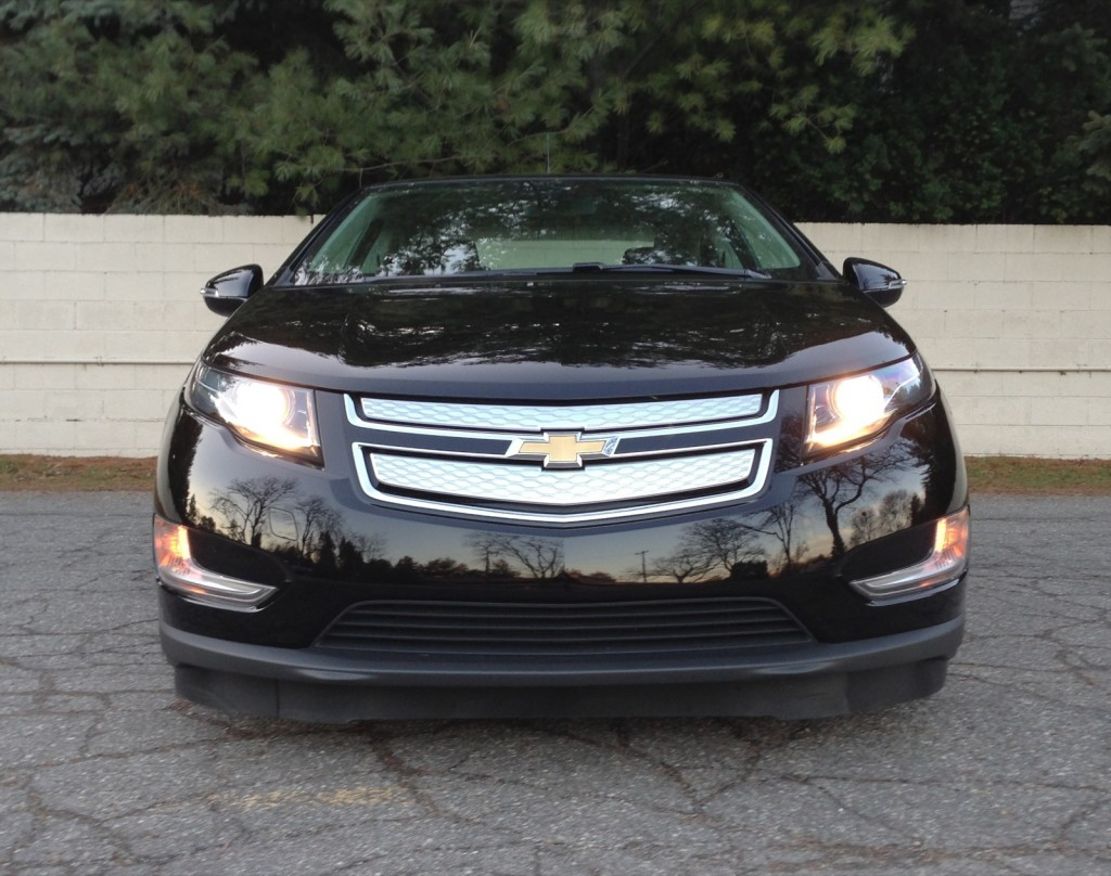 2013 chevrolet volt chevy pictures photos gallery green car reports. Black Bedroom Furniture Sets. Home Design Ideas