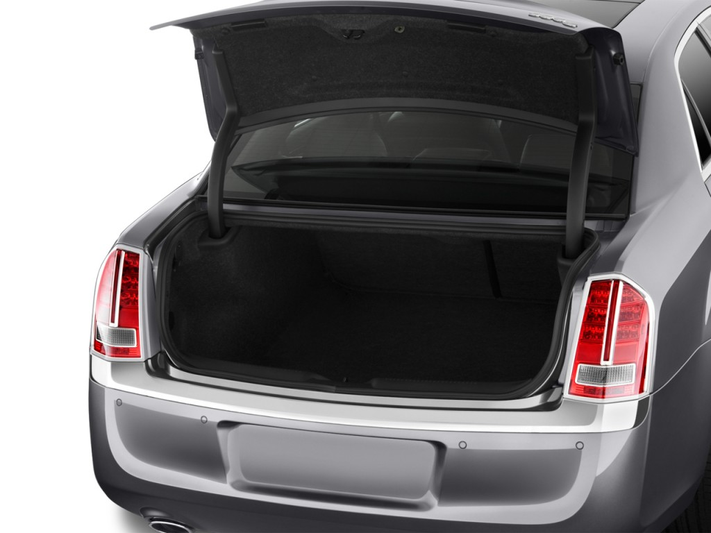 Image 2013 Chrysler 300 4 Door Sedan Awd Trunk Size 1024 X 768 Type Gif Posted On October