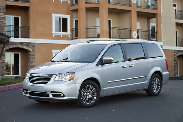2013 chrysler town country review ratings specs prices and photos the car connection. Black Bedroom Furniture Sets. Home Design Ideas
