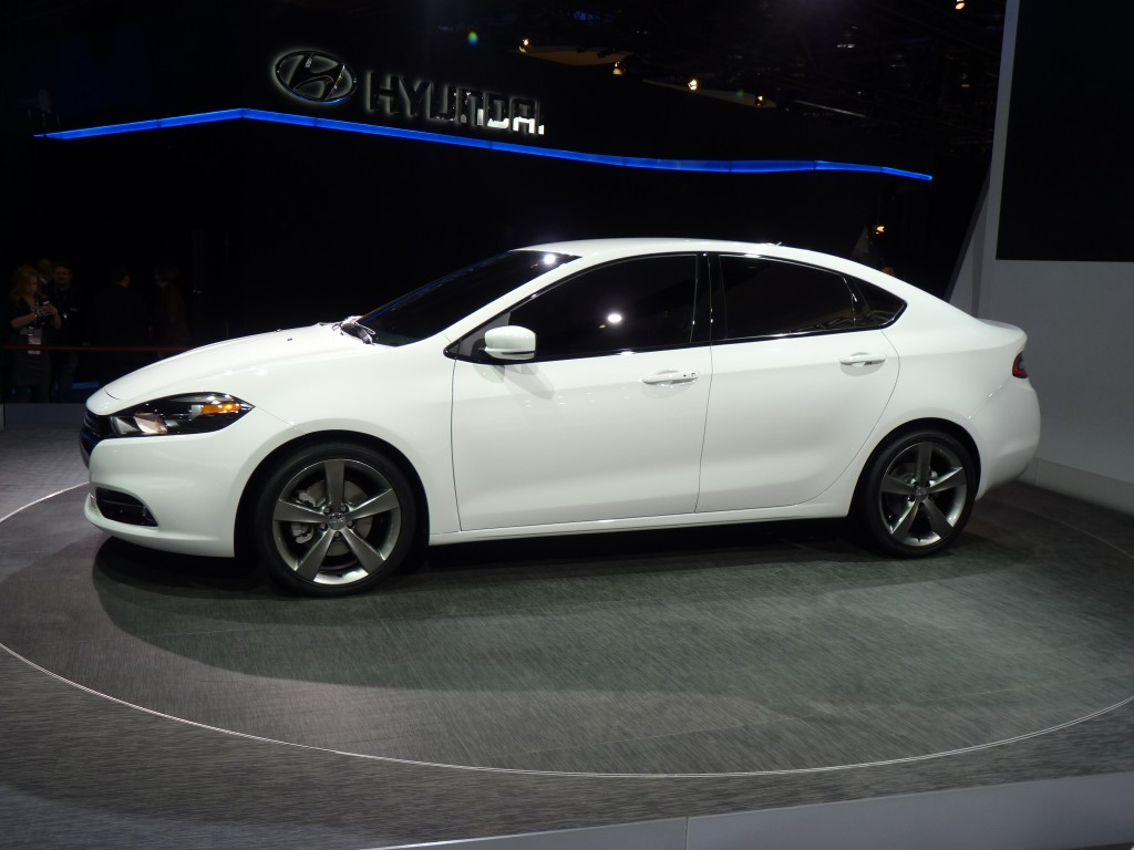 2013 dodge dart compact sedan priced from 16 790. Black Bedroom Furniture Sets. Home Design Ideas