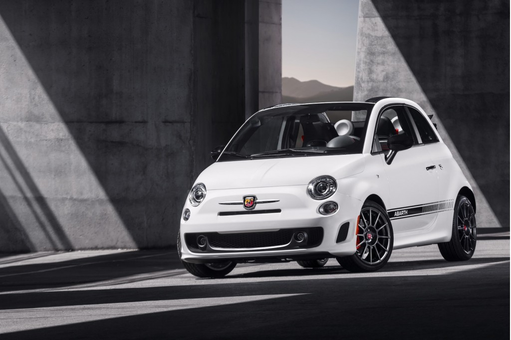 2013 fiat 500c abarth preview 2012 los angeles auto show. Black Bedroom Furniture Sets. Home Design Ideas
