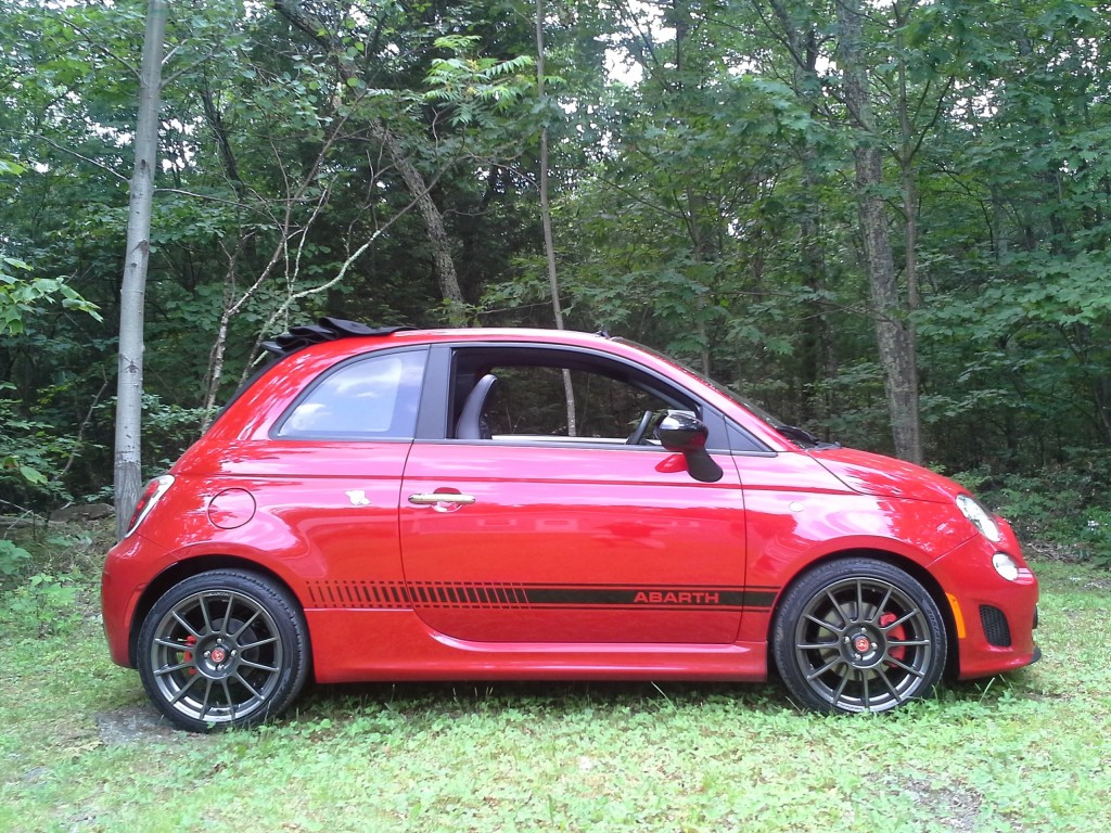 2013 fiat 500c abarth cabrio fun but far from fuel efficient. Black Bedroom Furniture Sets. Home Design Ideas