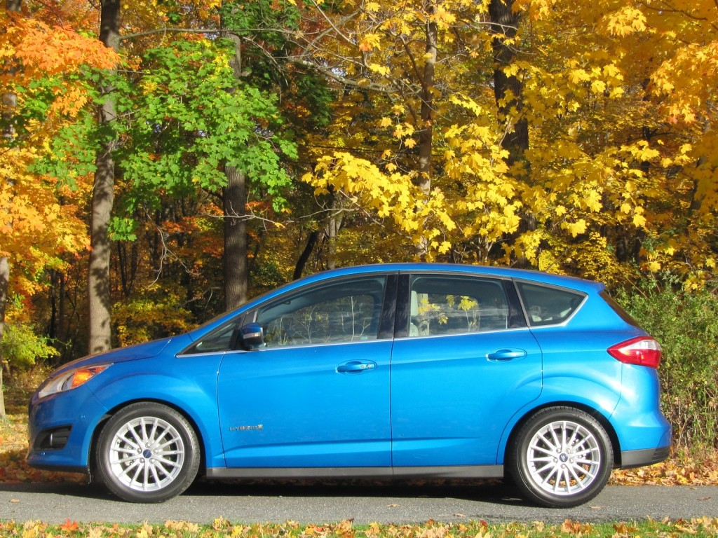 2013 ford c max hybrid quick gas mileage test. Black Bedroom Furniture Sets. Home Design Ideas