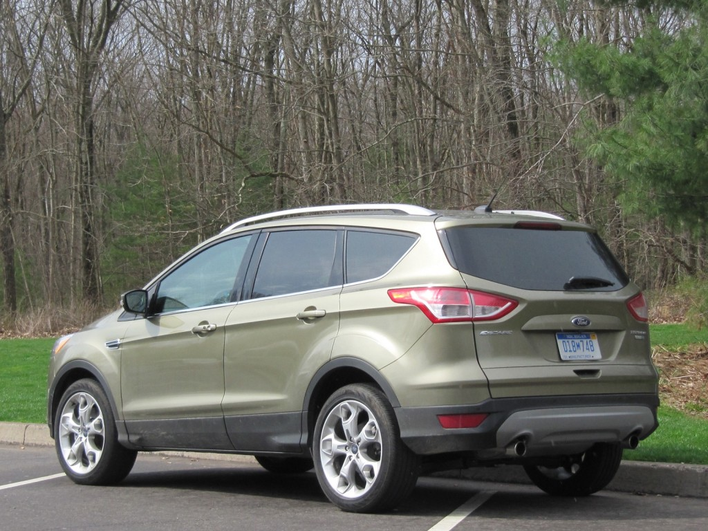 2013 ford escape 2 0 liter ecoboost gas mileage drive report. Black Bedroom Furniture Sets. Home Design Ideas