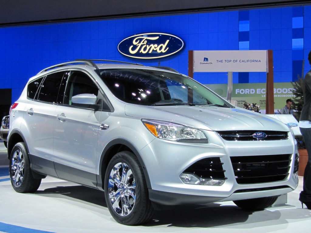 2013 ford escape live photos 2011 los angeles auto show. Black Bedroom Furniture Sets. Home Design Ideas