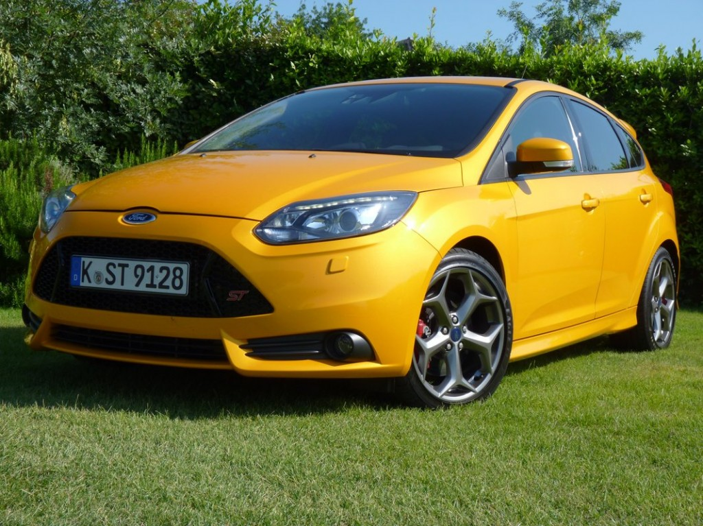 2013 ford focus st fuel economy numbers published. Black Bedroom Furniture Sets. Home Design Ideas