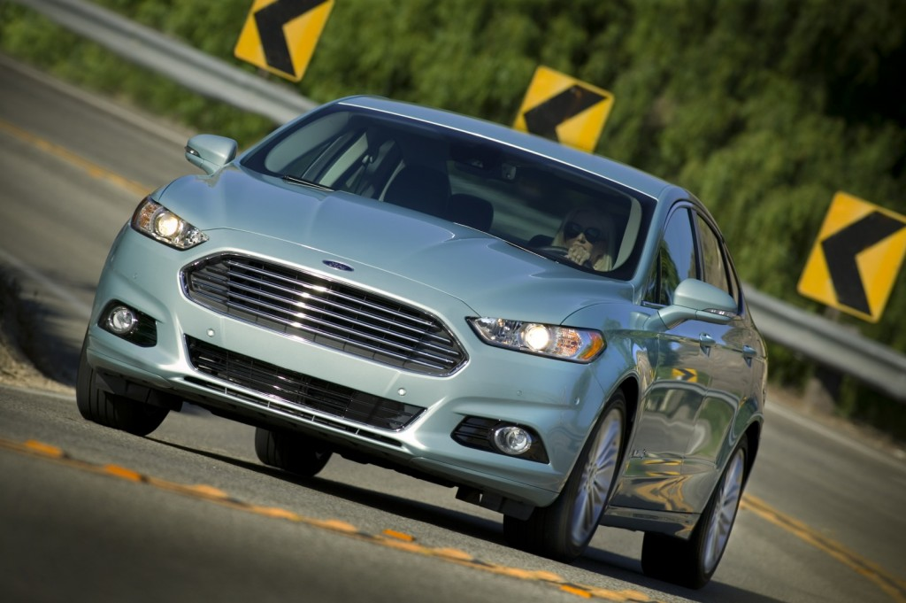 2013 ford fusion hybrid pictures photos gallery green car reports. Black Bedroom Furniture Sets. Home Design Ideas