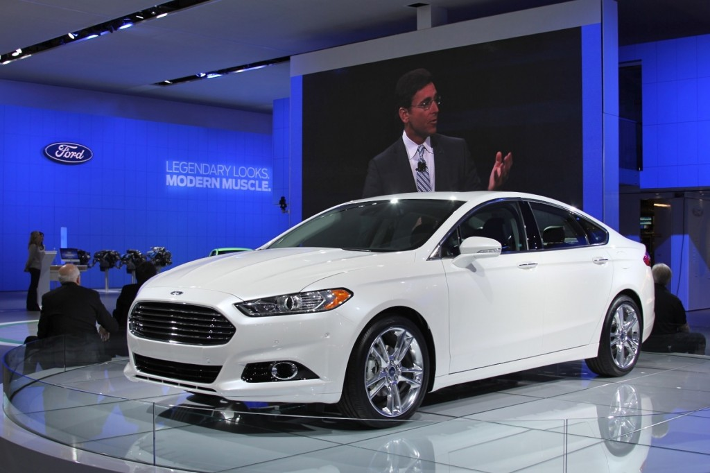 2013 Ford Fusion - Photo Gallery