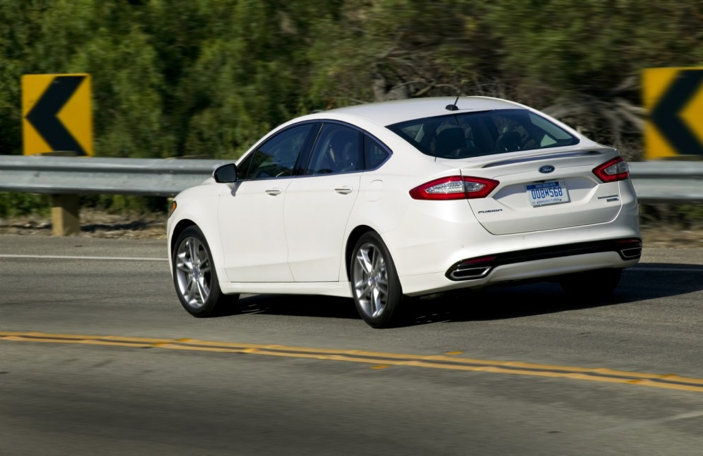 2013 ford fusion and fusion hybrid first drive. Black Bedroom Furniture Sets. Home Design Ideas