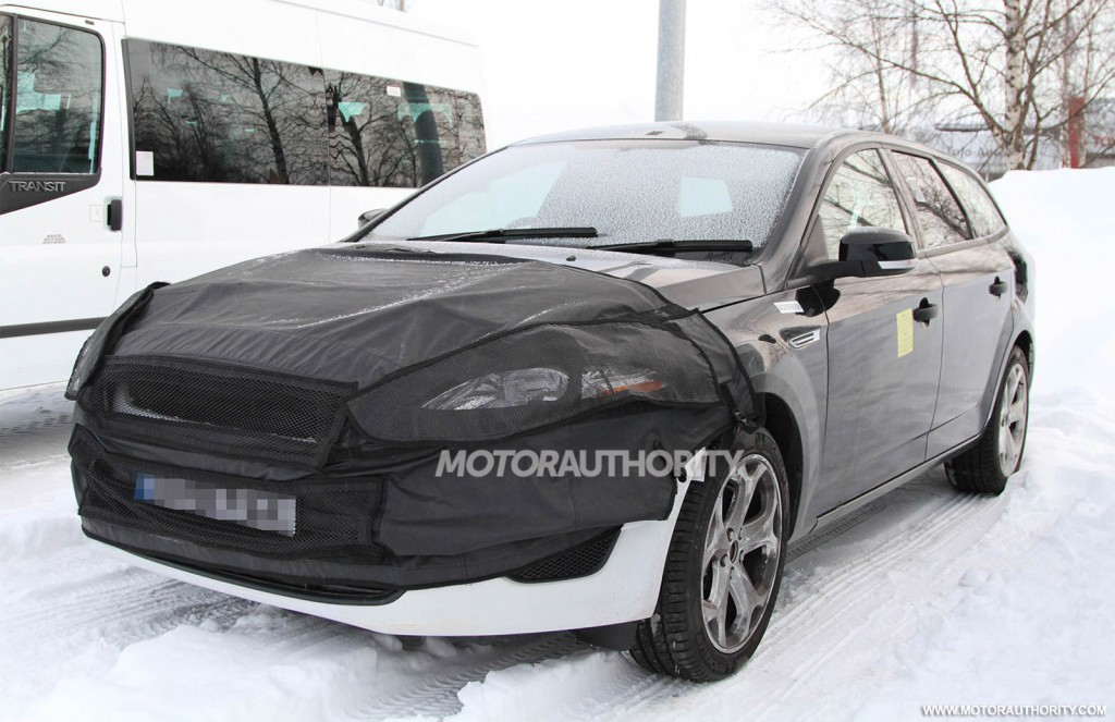 2013 ford mondeo turnier wagon spy shots. Black Bedroom Furniture Sets. Home Design Ideas