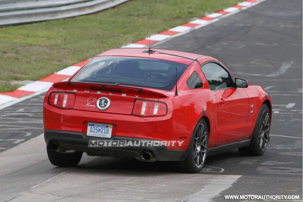 2013 ford mustang shelby gt500 spy shots. Black Bedroom Furniture Sets. Home Design Ideas