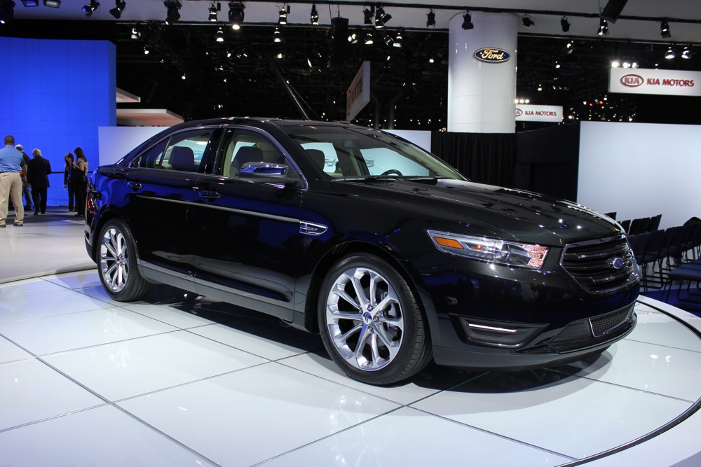 2013 ford taurus pictures photos gallery motorauthority. Black Bedroom Furniture Sets. Home Design Ideas