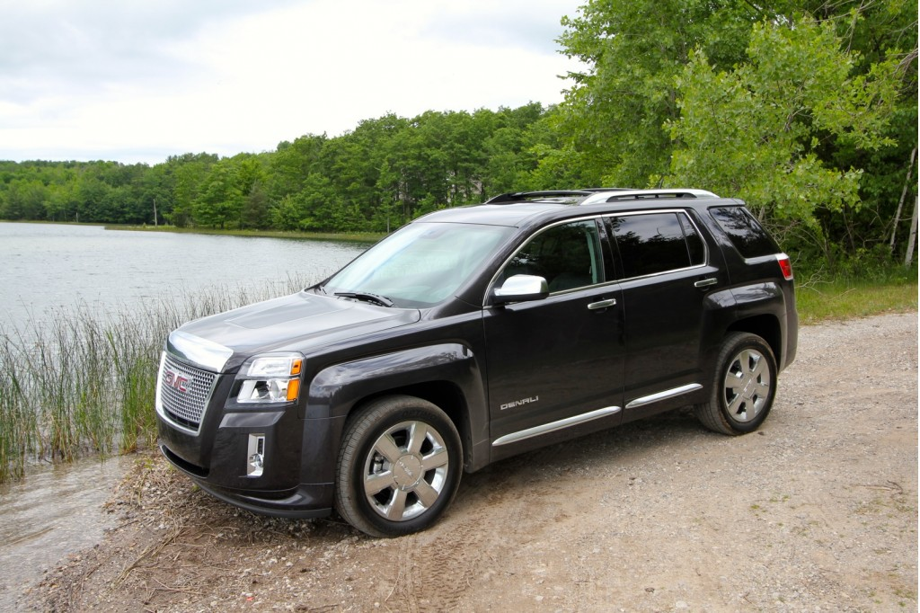 2013 gmc terrain denali first drive and video road test. Black Bedroom Furniture Sets. Home Design Ideas