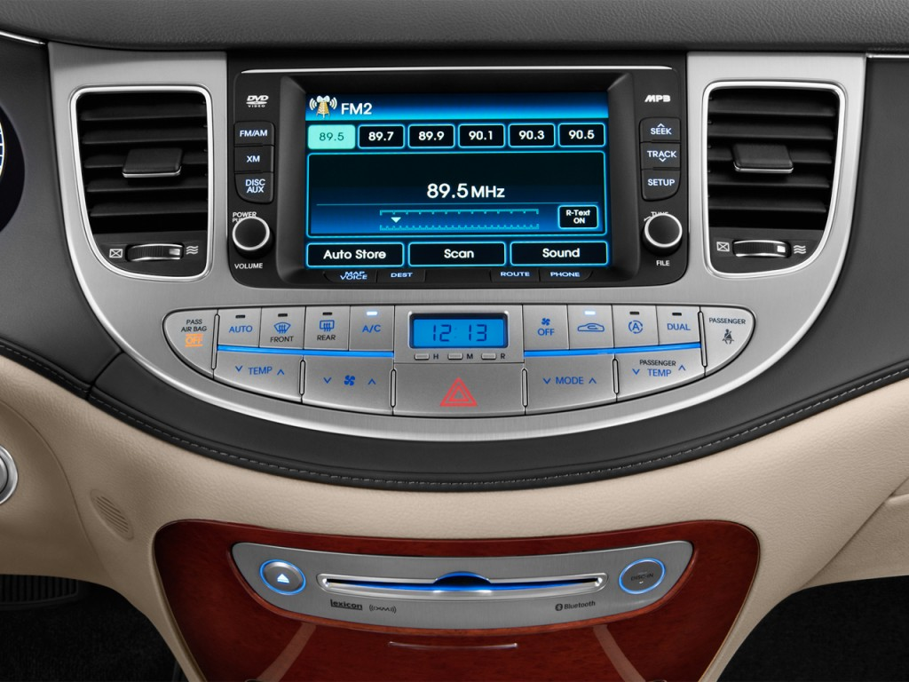 2013 Hyundai Genesis Pictures Photos Gallery Motorauthority