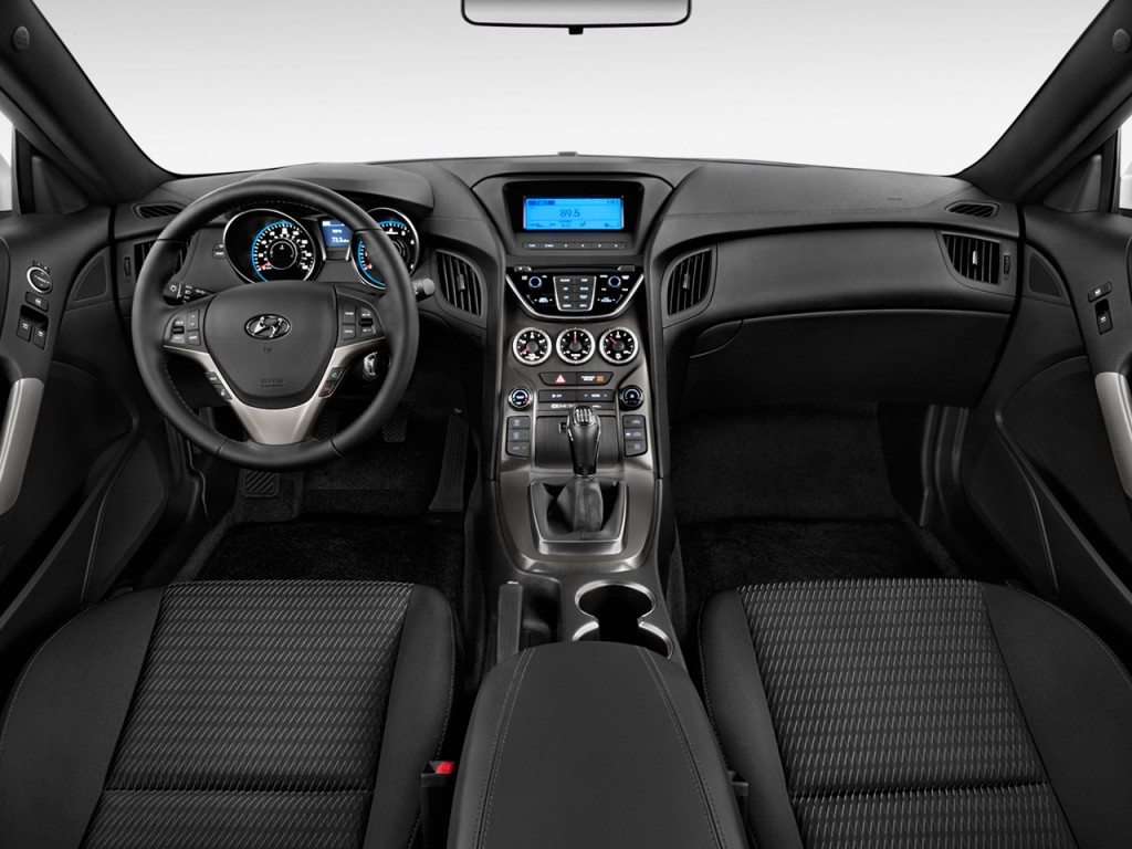 image 2013 hyundai genesis coupe 2 door i4 2 0t auto dashboard size 1024 x 768 type gif. Black Bedroom Furniture Sets. Home Design Ideas
