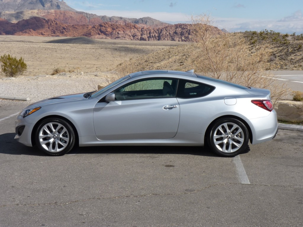 2013 Hyundai Genesis Coupe Pictures Photos Gallery Green Car Reports