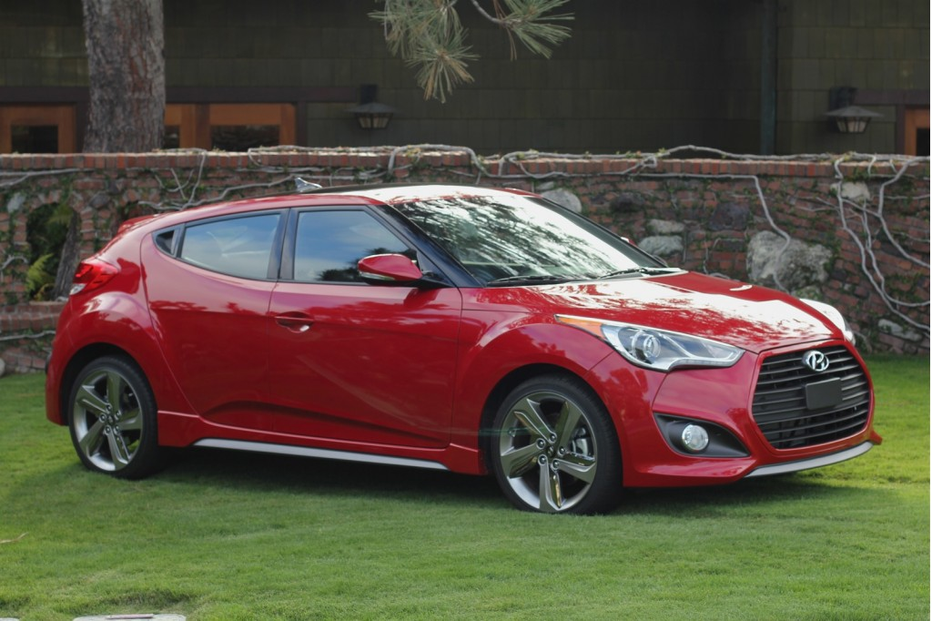 2013 hyundai veloster turbo first drive and video road test. Black Bedroom Furniture Sets. Home Design Ideas