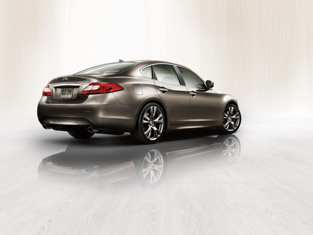 2011 Infiniti M Studio Rear wallpape…