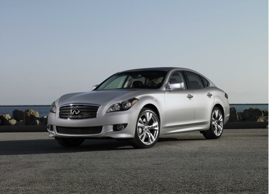 2013 infiniti m pictures photos gallery motorauthority. Black Bedroom Furniture Sets. Home Design Ideas