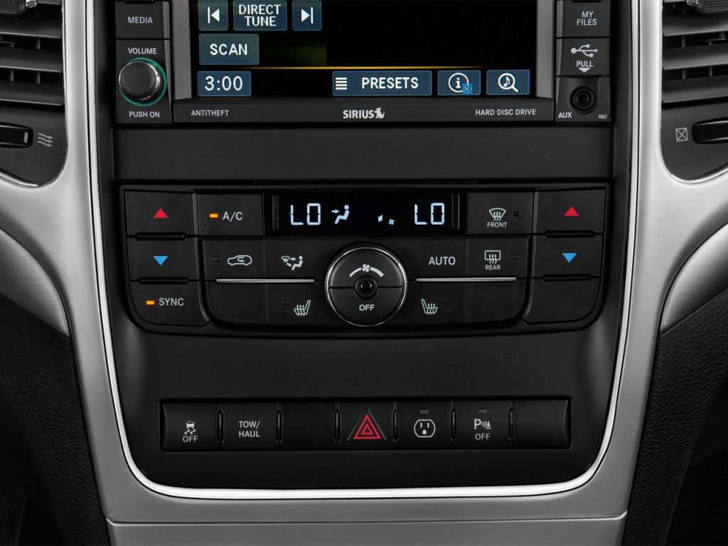 does the 2015 jeep grand cherokee have 3rd row seating autos post. Black Bedroom Furniture Sets. Home Design Ideas