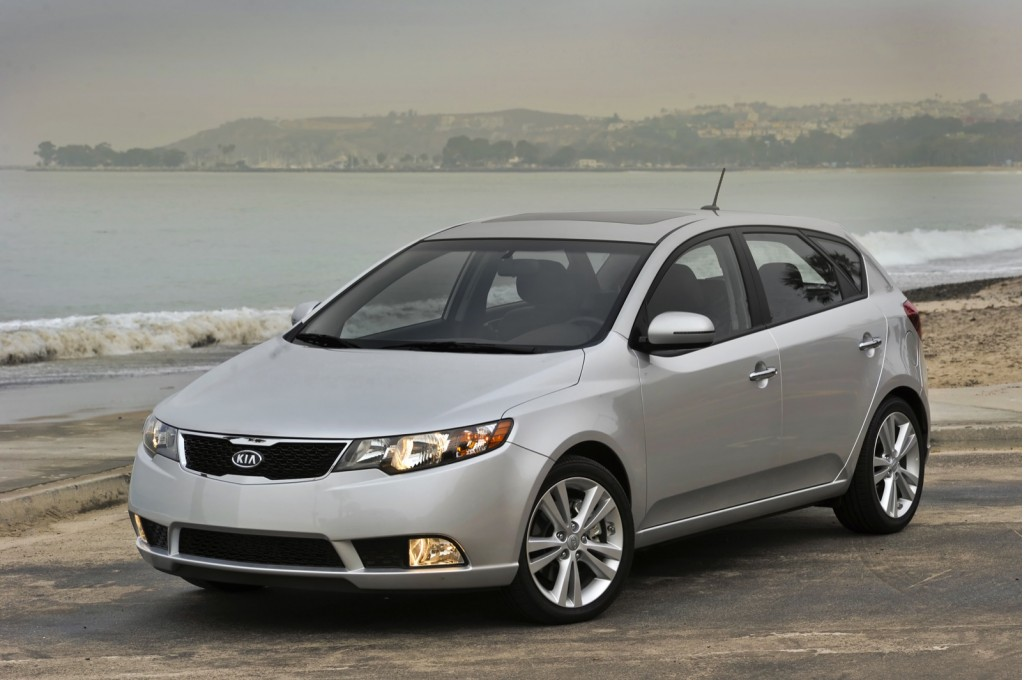 2013 kia forte pictures photos gallery motorauthority. Black Bedroom Furniture Sets. Home Design Ideas