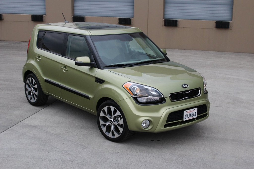 2014 kia soul vs 2013 kia soul up close impressions. Black Bedroom Furniture Sets. Home Design Ideas