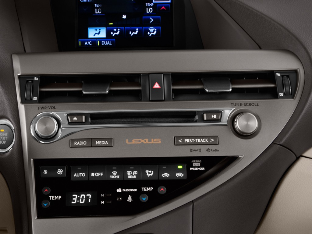2013 Lexus RX 350 FWD 4-door Temperature Controls