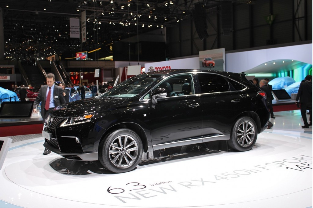 lexus rx 450h f sport live photos 2012 geneva motor show. Black Bedroom Furniture Sets. Home Design Ideas