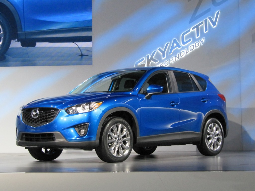 2013 mazda cx 5 earns top safety pick from iihs. Black Bedroom Furniture Sets. Home Design Ideas