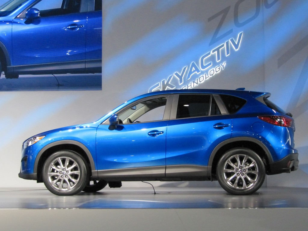 2014 mazda cx 5 25 liter skyactiv gas mileage drive report autos post. Black Bedroom Furniture Sets. Home Design Ideas