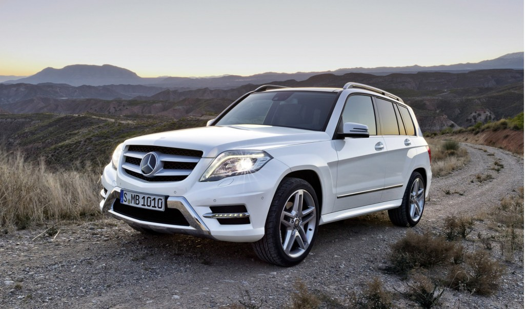 2013 mercedes benz glk revealed bluetec diesel due. Black Bedroom Furniture Sets. Home Design Ideas