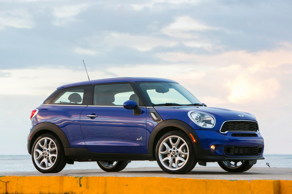 2013 mini cooper s paceman all4 first drive video. Black Bedroom Furniture Sets. Home Design Ideas