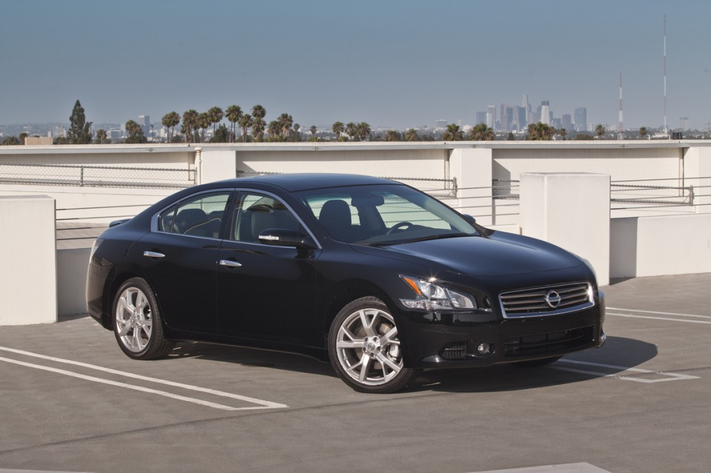 2013 nissan maxima pictures photos gallery the car connection. Black Bedroom Furniture Sets. Home Design Ideas